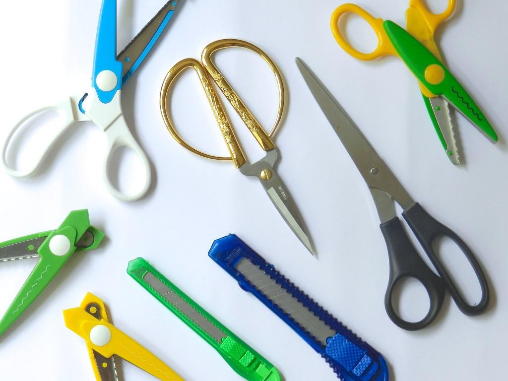 Materiales básicos en el DIY: Tijeras y cutters