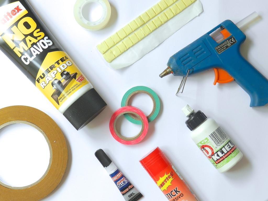 Materiales básicos en el DIY: Adhesivos