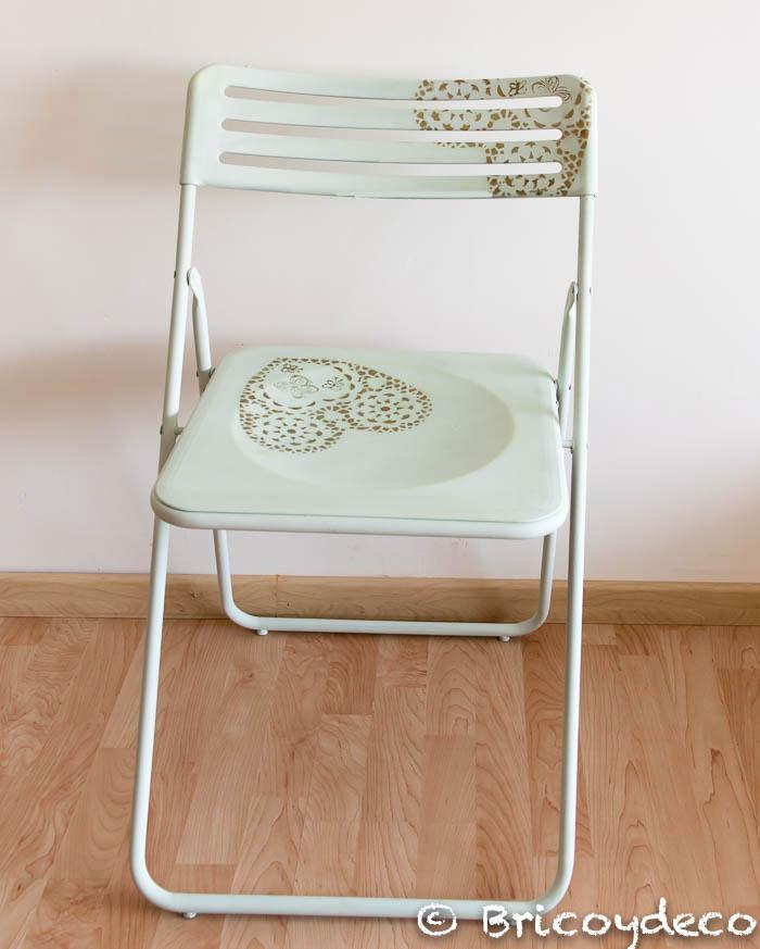 silla pintada con pintura pizarra en spray