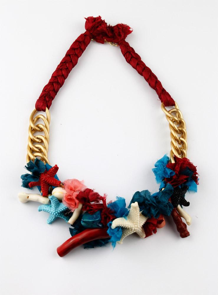 Collar muy colorido de Isha-Kandisha