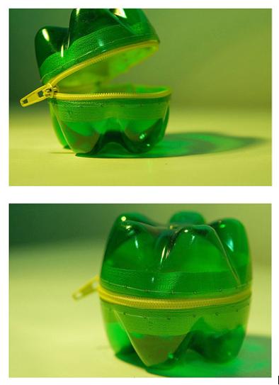 Reciclaje de botellas de plástico como complemento