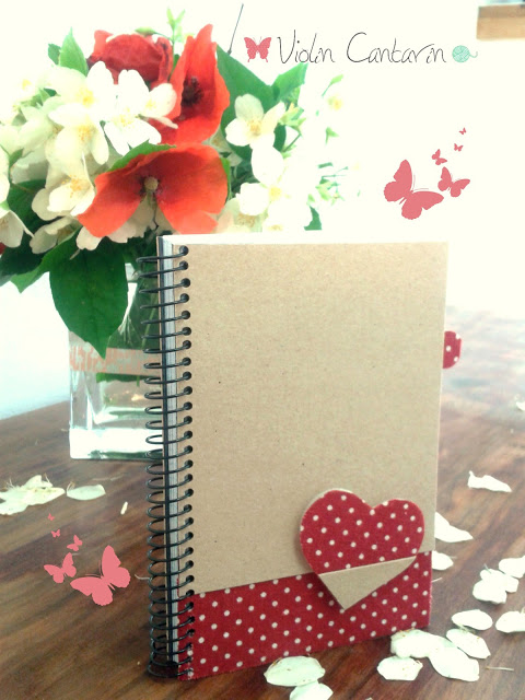 Idea creativa: Libreta decorada con tela adhesiva