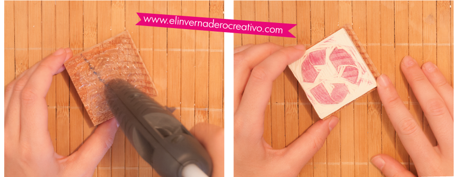 Pegado del sello de caucho a un taco de madera
